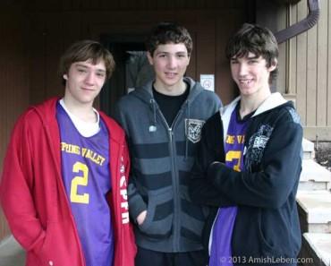 Amish-Boys-Basketball-Team-Spring-Valley