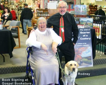 Holmes-County-Ohio-Largest-Book-Signing-2013-Gospel-Book-Store-Berlin-Ohio